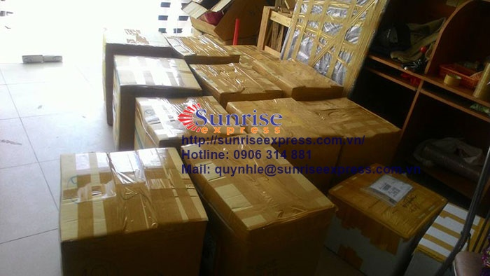 Dịch vụ gửi hàng đi Uae giá rẻ nhất tại TpHCM